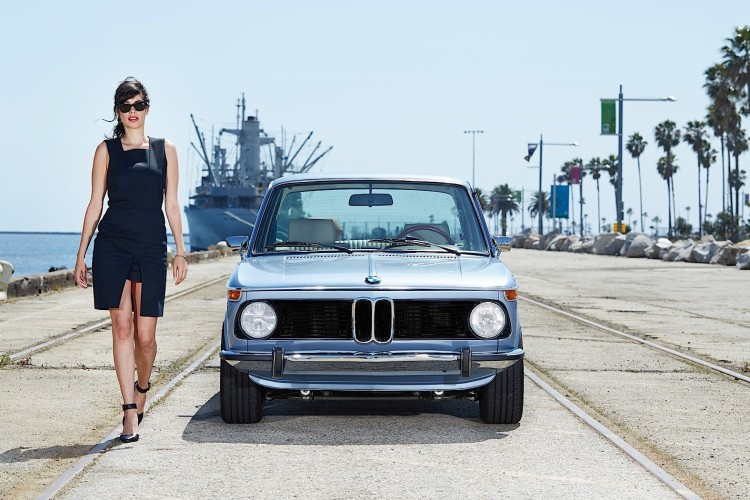 Clarion 1974 BMW 2002 image 19 750x500