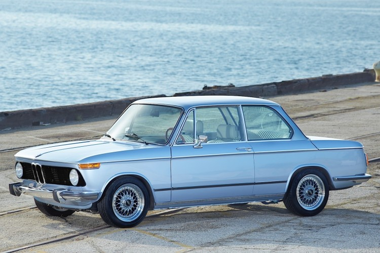 Clarion 1974 BMW 2002 image 2 750x500