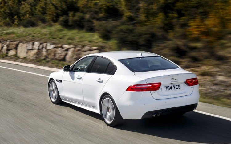 Jaguar XE R Sport cars sedan 2015 1440x9005 750x469