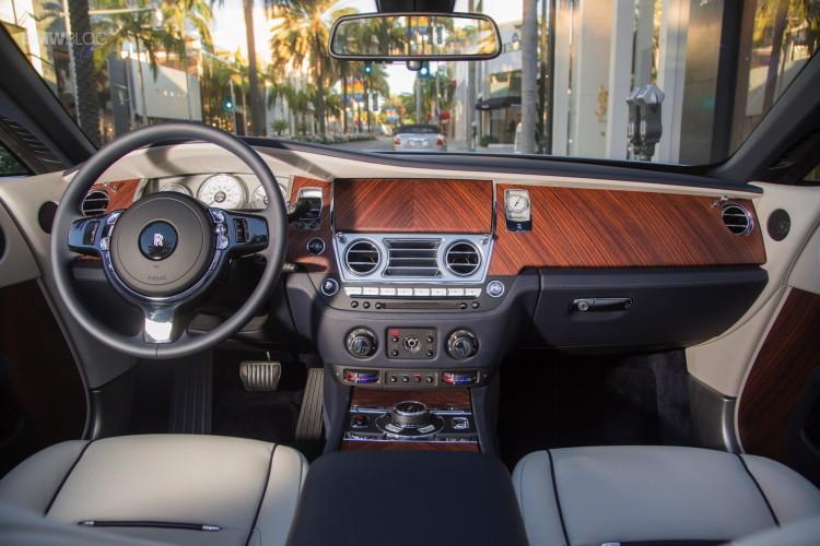 Rolls Royce Dawn 40 750x500