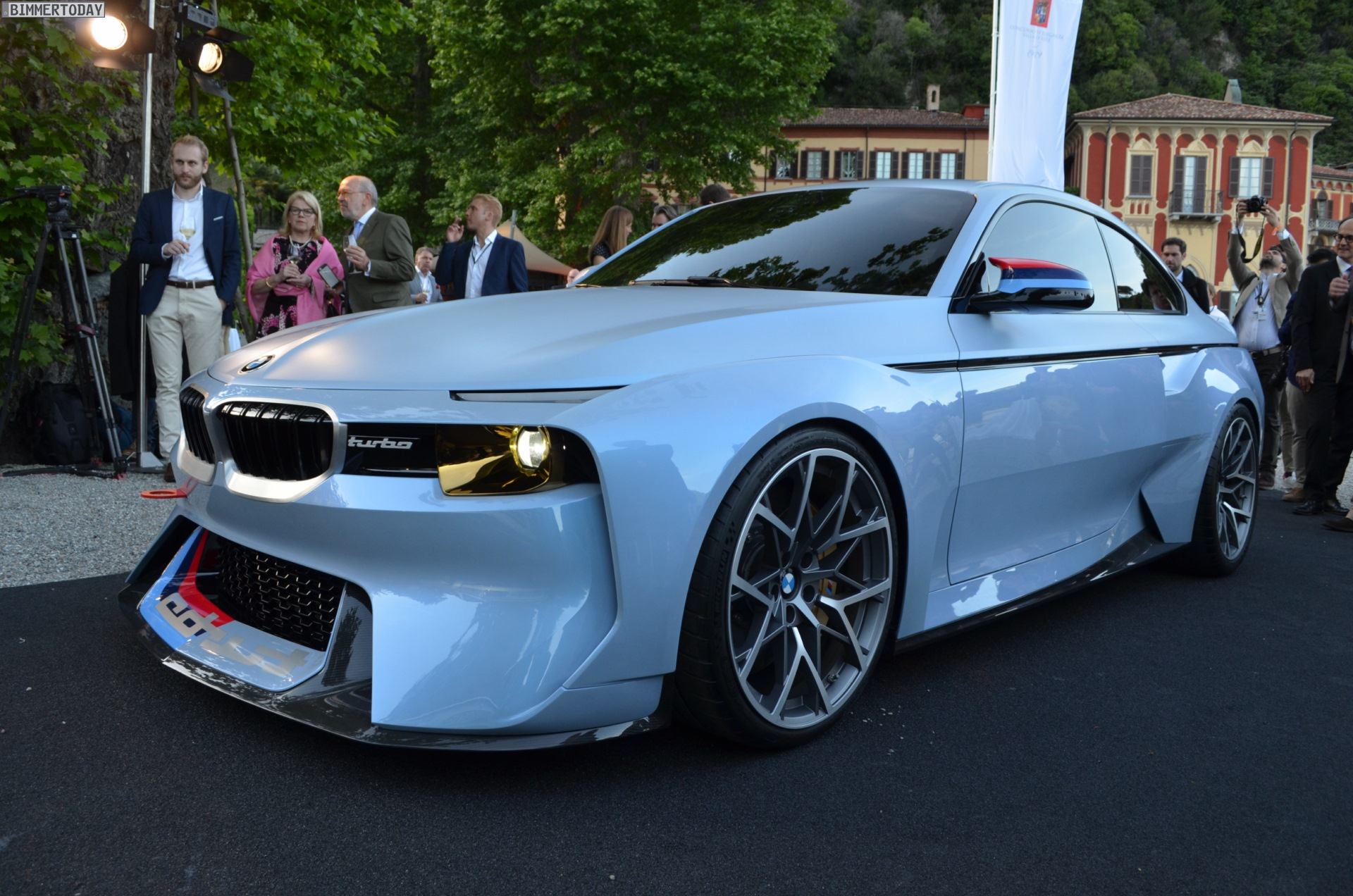 Live Photos Bmw 2002 Hommage From Concorso D Eleganza