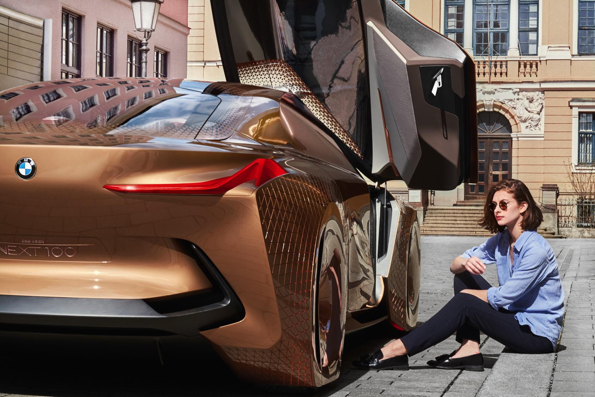BMW Vision Next 100 images 147