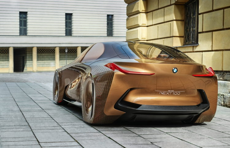 BMW Vision Next 100 images 149 750x484