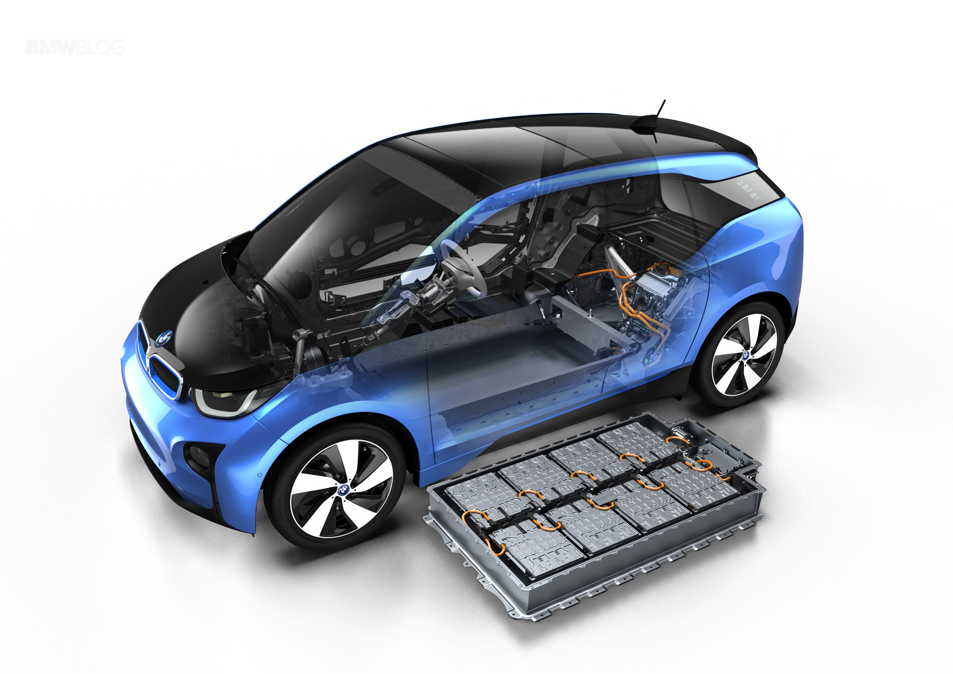 BMW i3 Protonic Blue 11