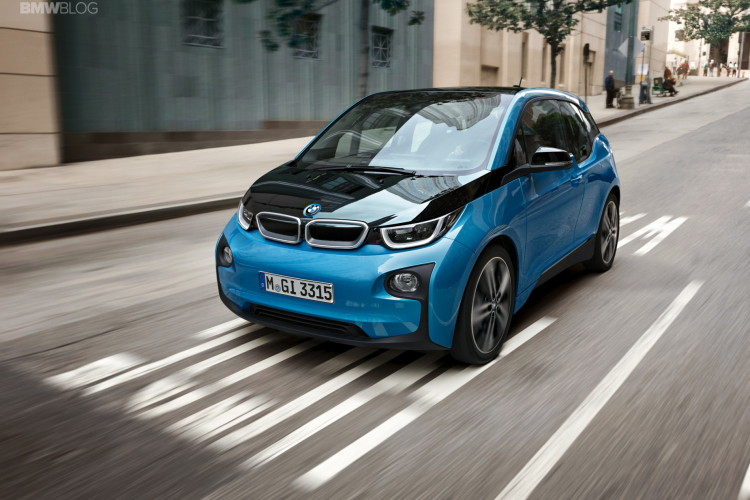 BMW i3 Protonic Blue 16 750x500