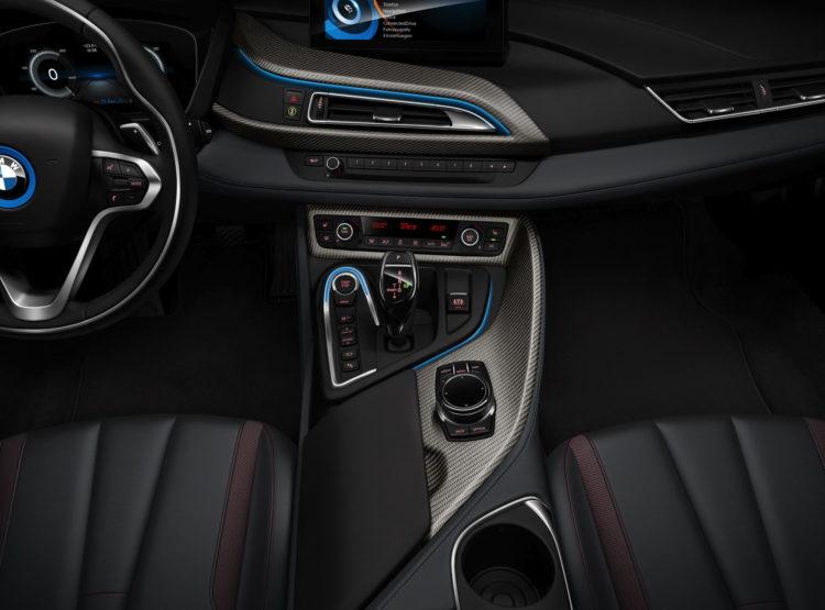 BMW i8 Celebration Edition Protonic Red 5 750x555