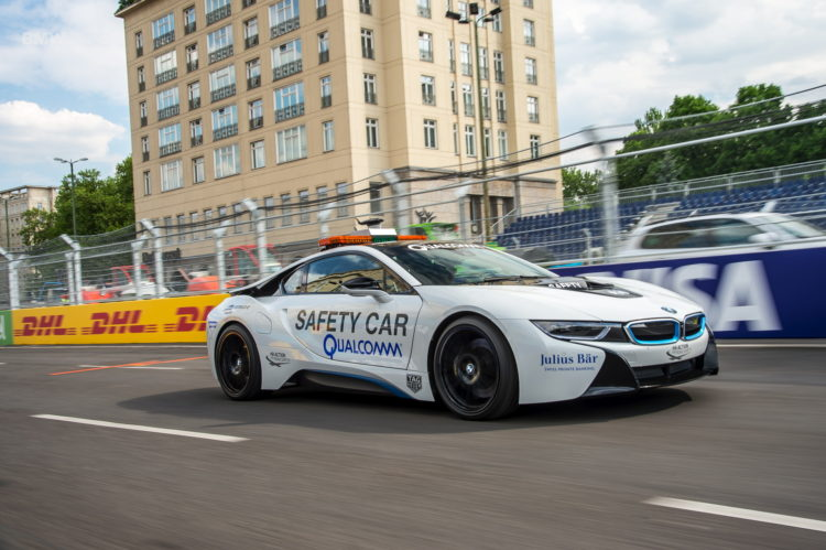 BMW i8 Safety Car test drive 80 750x499