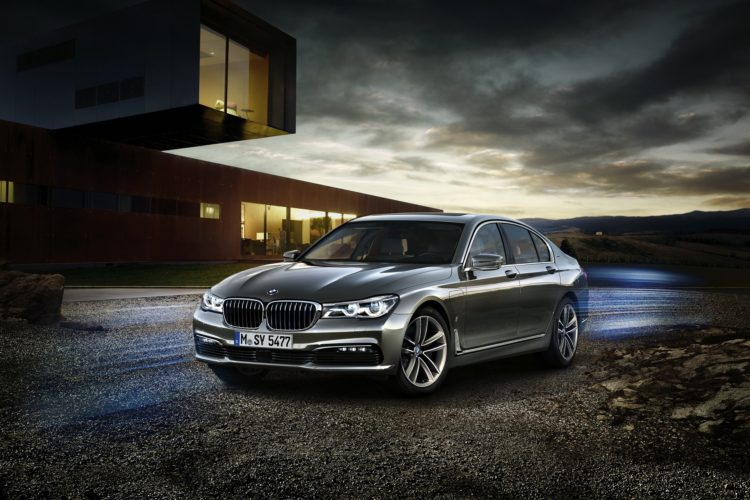 P90218758 highRes bmw 740e iperformanc 750x500