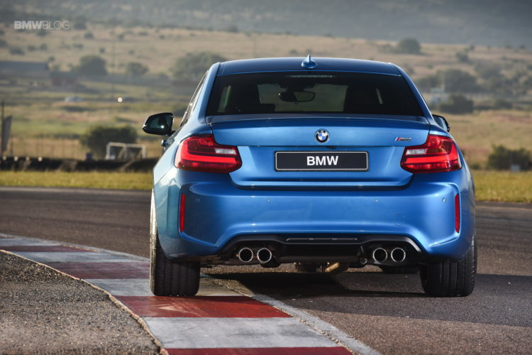 Photos BMW M2 Coupe Long Beach Blue 19 750x500