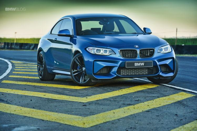 Photos BMW M2 Coupe Long Beach Blue 23 750x500
