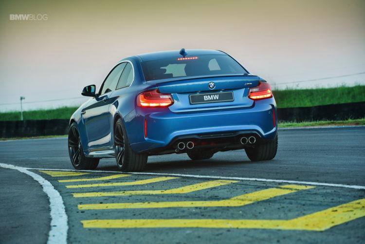 Photos BMW M2 Coupe Long Beach Blue 27 750x501