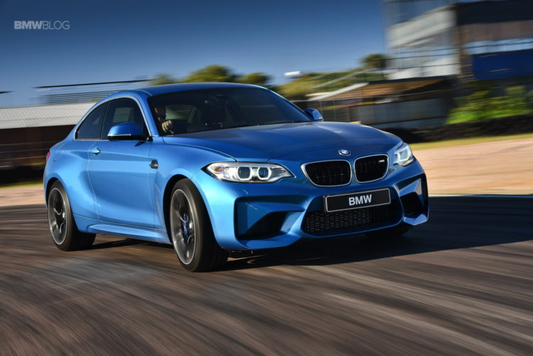 Photos-BMW-M2-Coupe-Long-Beach-Blue-38