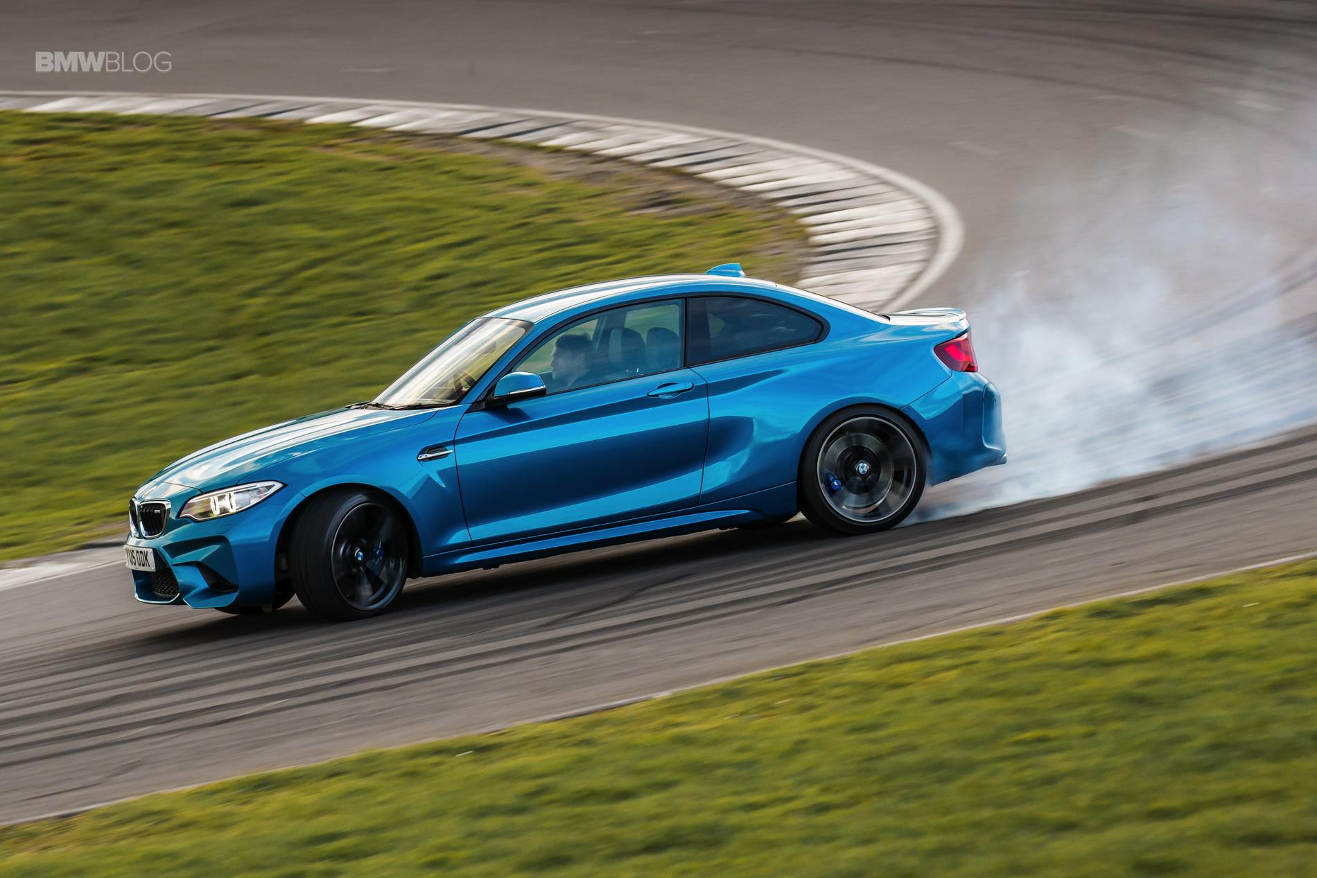 Photos BMW M2 Coupe Long Beach Blue 4