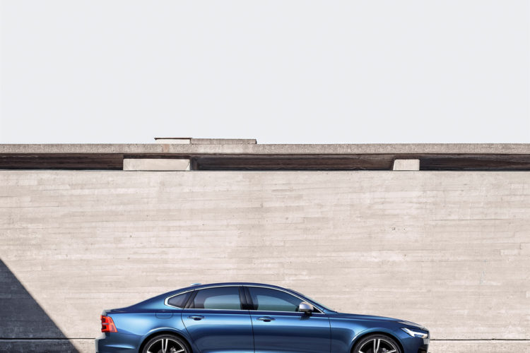 192804 Volvo S90 R Design Location 750x500