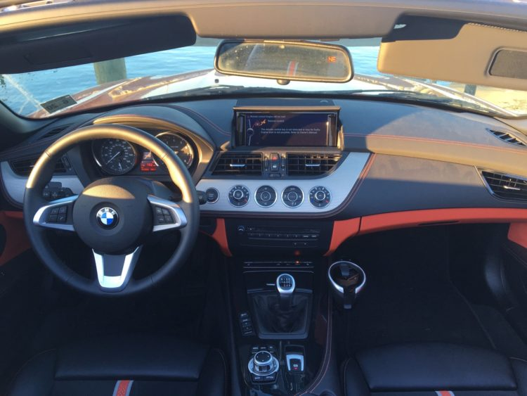 2016 BMW Z4 sDrive28i17 750x563