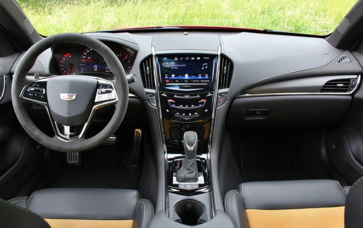 2016-Cadillac-ATS-V-interior-2