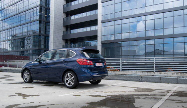 BMW 216d Active Tourer test drive 7 750x436