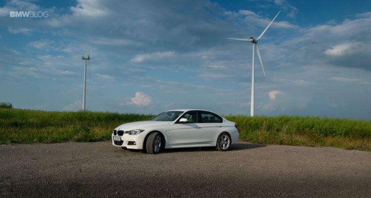 BMW 330e test drive review 35 750x400