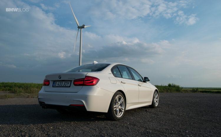 BMW 330e test drive review 48 750x467