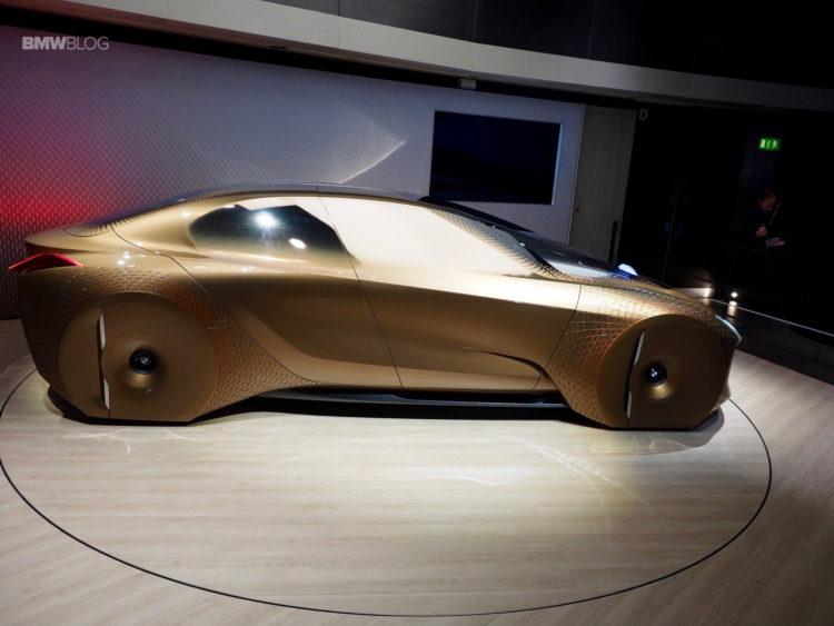BMW-Vision-Next-100-1