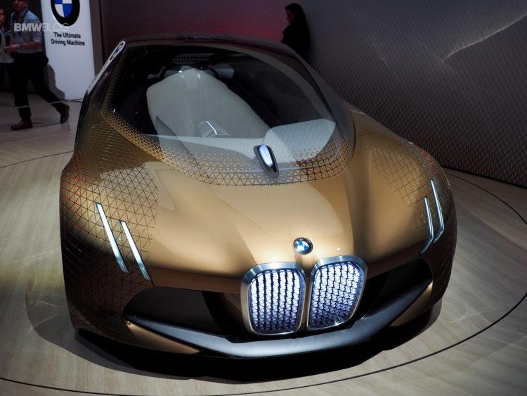BMW Vision Next 100 13 750x563