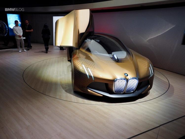 BMW Vision Next 100 19 750x563