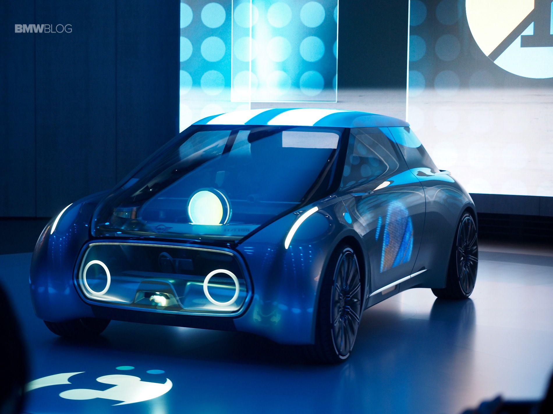 Mini Vision Next 100 Was Unveiled In London