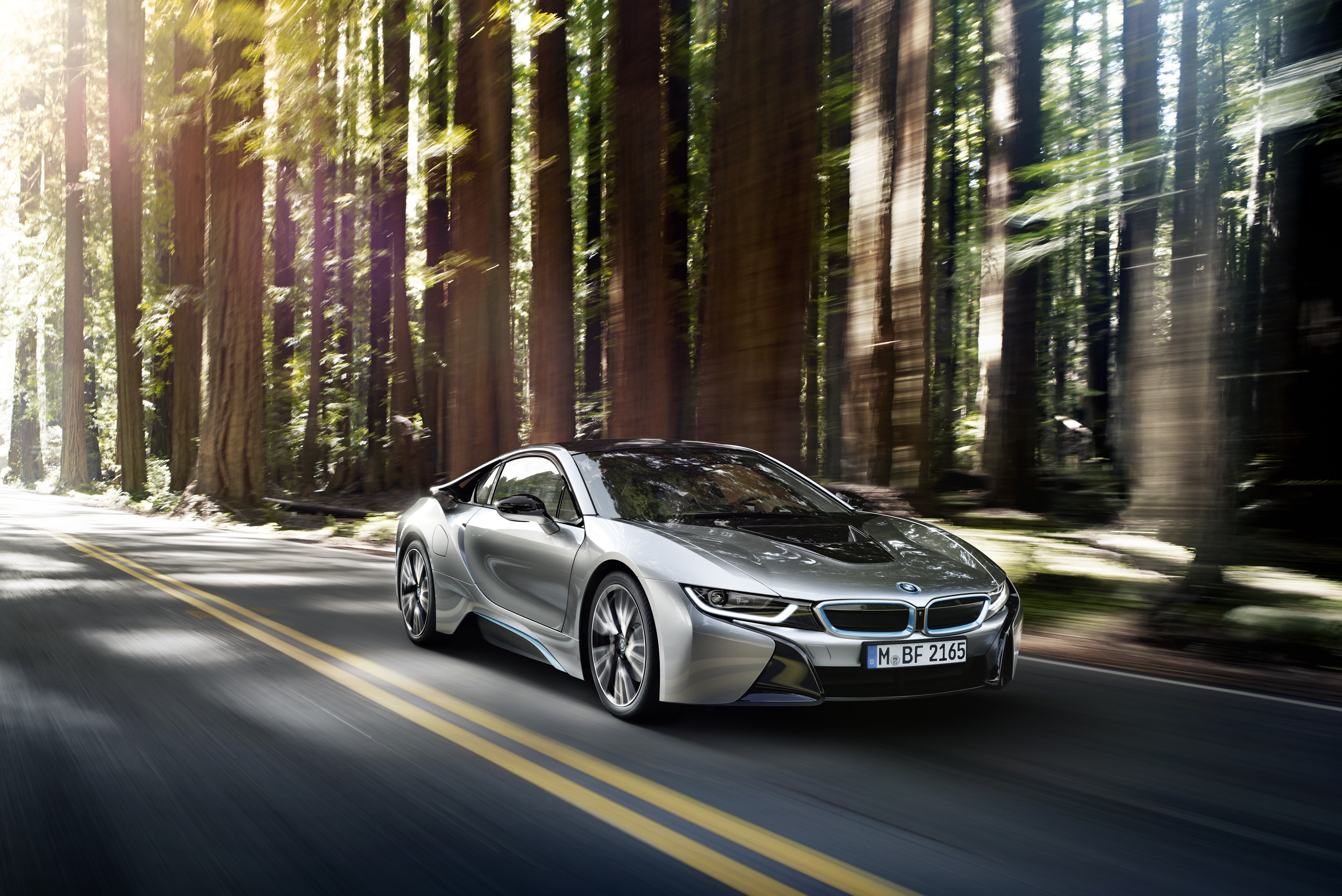P90133047 highRes the bmw i8 09 2013