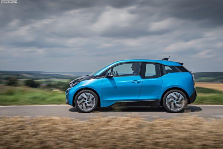 2016 BMW i3 94Ah Protonic Blue 33 kWh Elektroauto 08 750x500