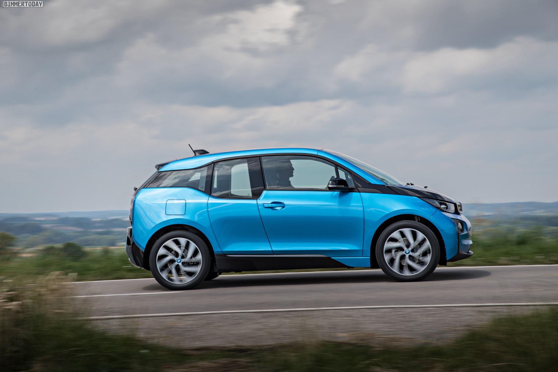 2016 BMW i3 94Ah Protonic Blue 33 kWh Elektroauto 09