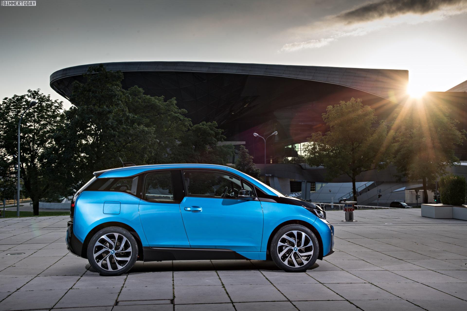 2016 BMW i3 94Ah Protonic Blue 33 kWh Elektroauto 22