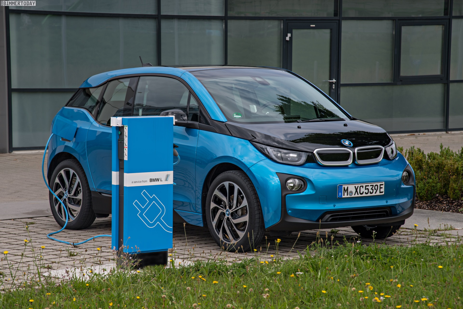 2016 BMW i3 94Ah Protonic Blue 33 kWh Elektroauto 24