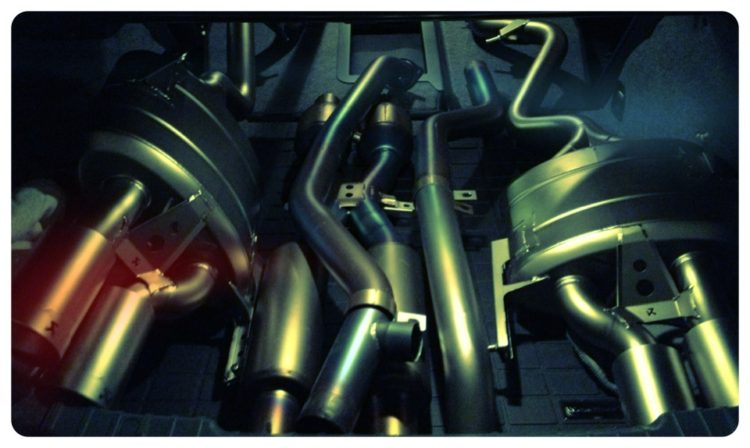 Akrapovic exhaust m3 750x448