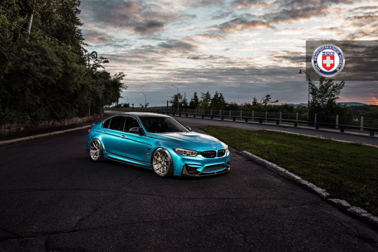 Atlantis Blue BMW M4 Image 4 750x500