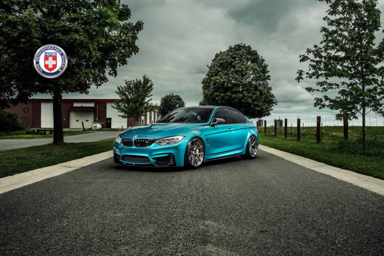 Atlantis Blue BMW M4 Image 8 750x501