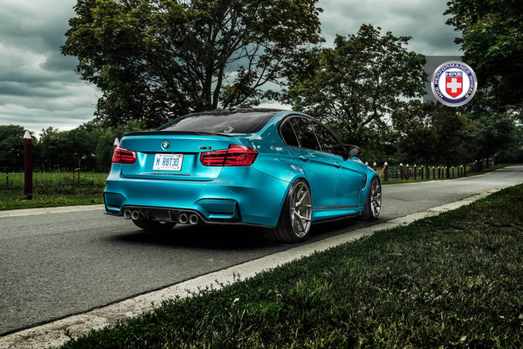 Atlantis Blue BMW M4 Image 9 750x501