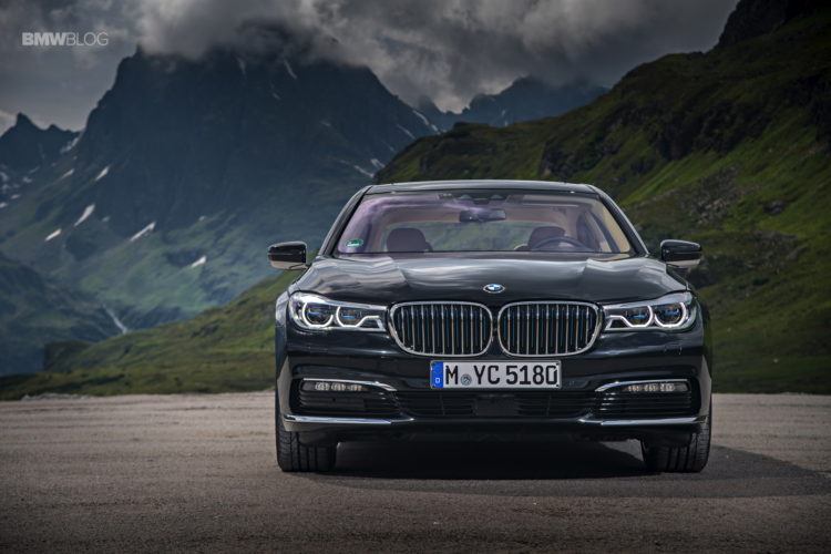 BMW 740e iPerformance 7 750x500