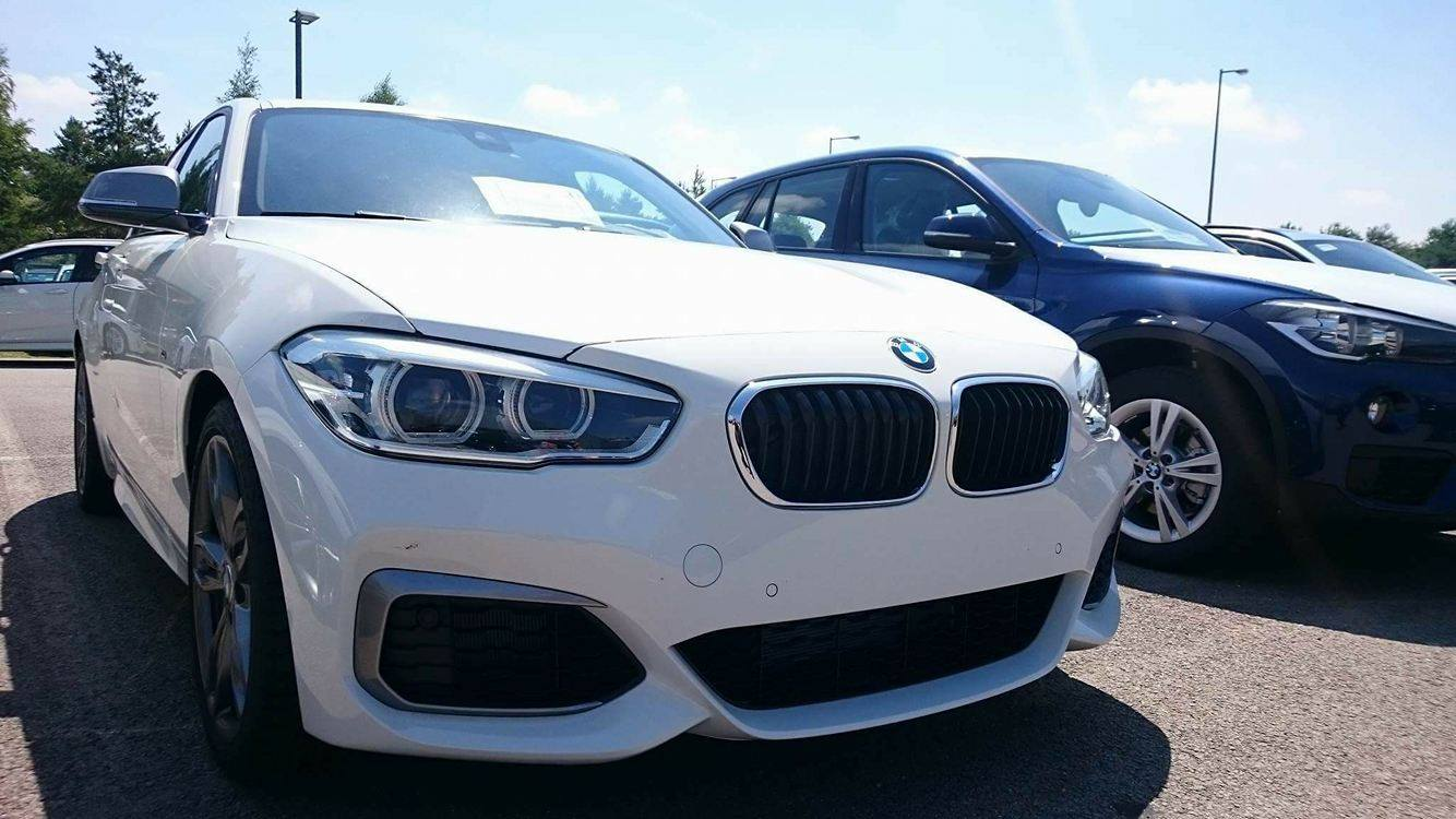 BMW M140i 2016 340 PS B58 weiss 01