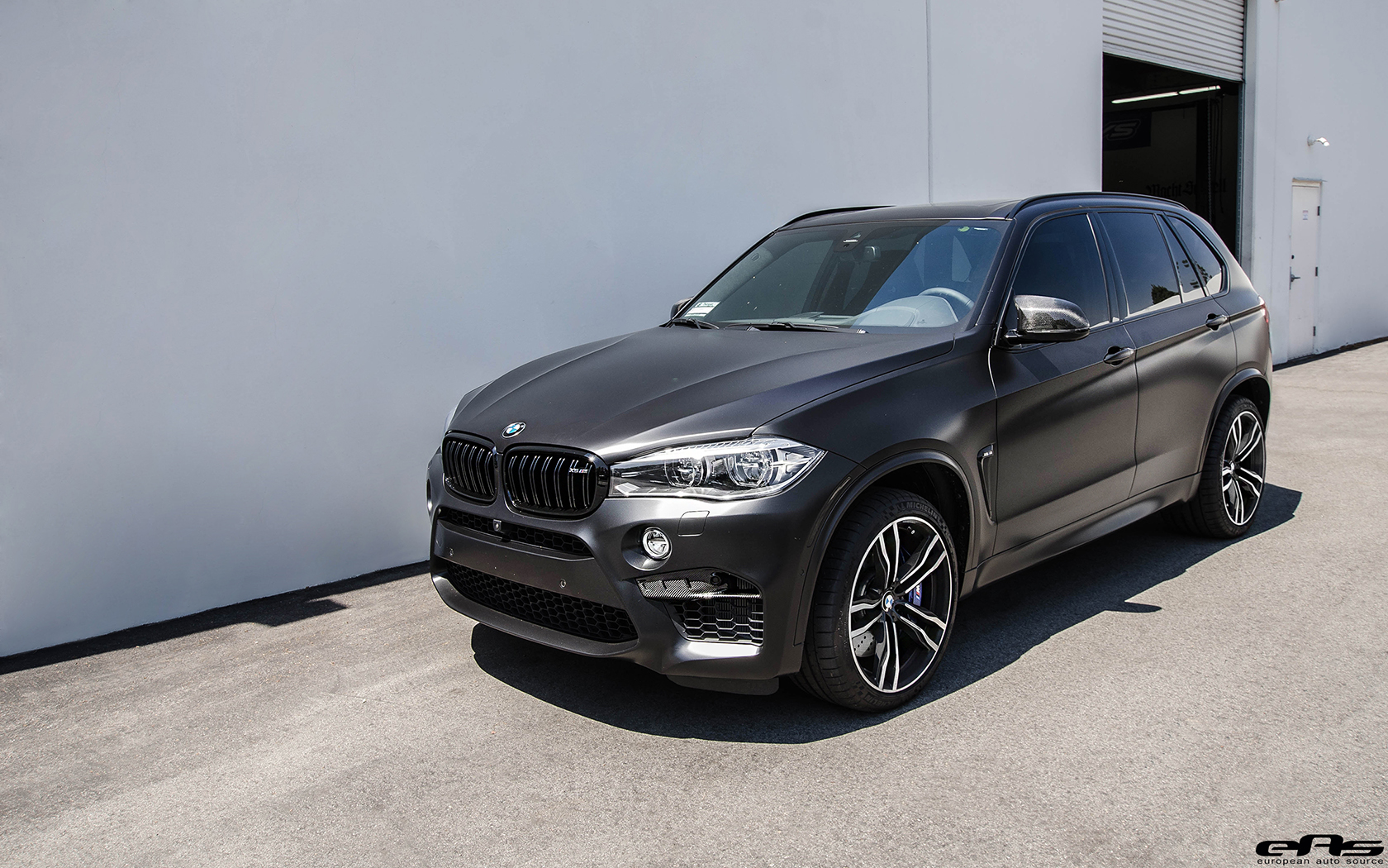 Matte Black BMW X5 M Gets Some Aftermarket Goodies Installed 27