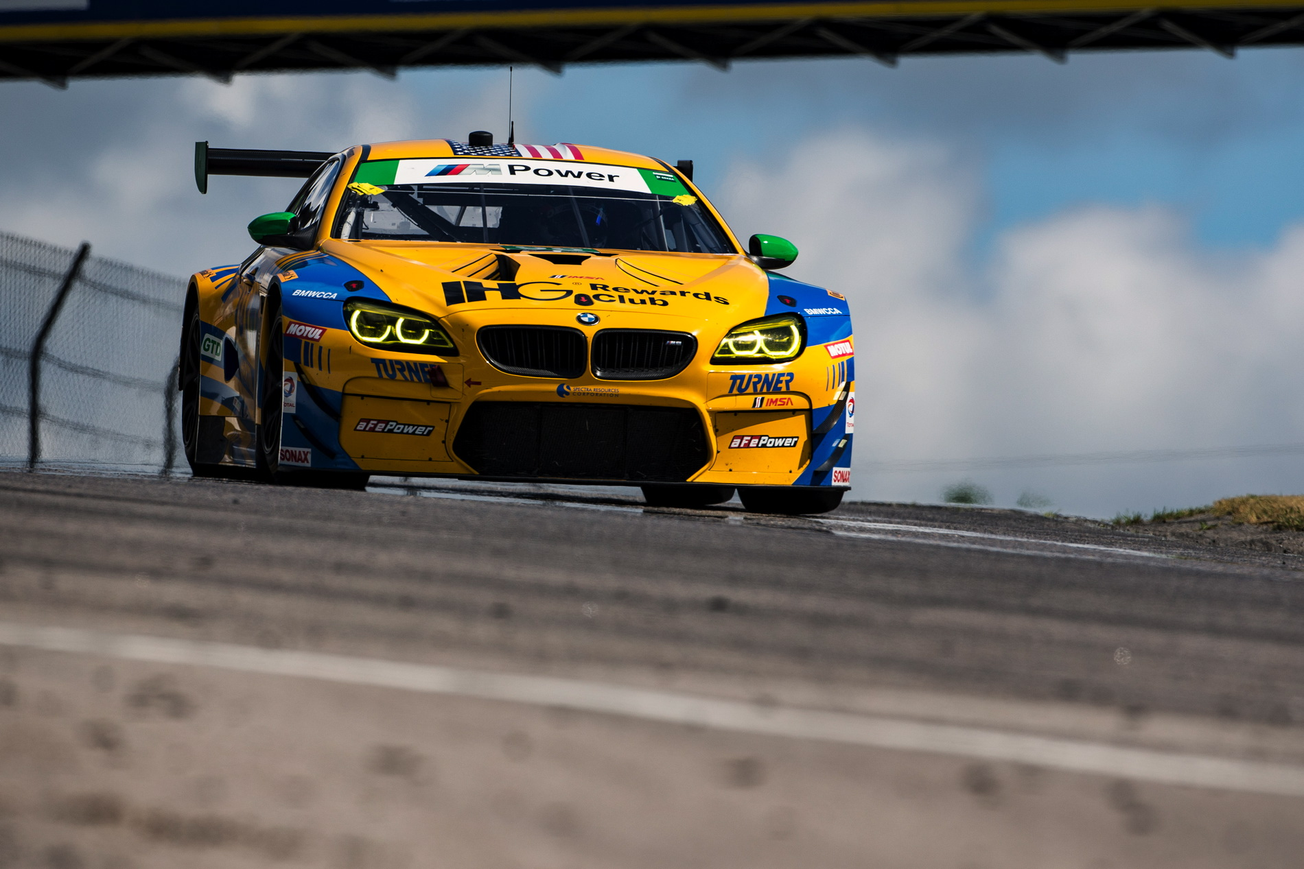 Turner Motorsport BMW M6 GT3 win 44