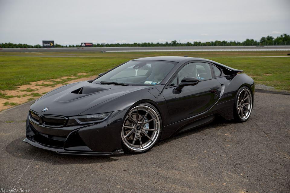 Vorsteiner BMW i8 Black 4