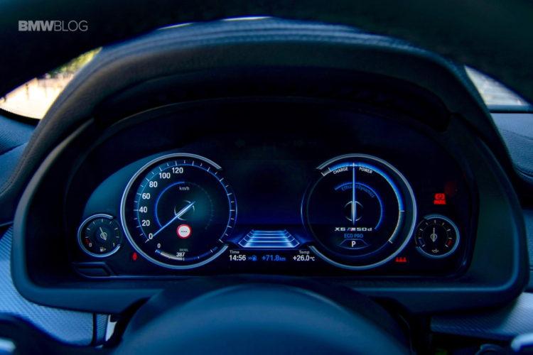 2016-BMW-X6-M50d-test-drive-28