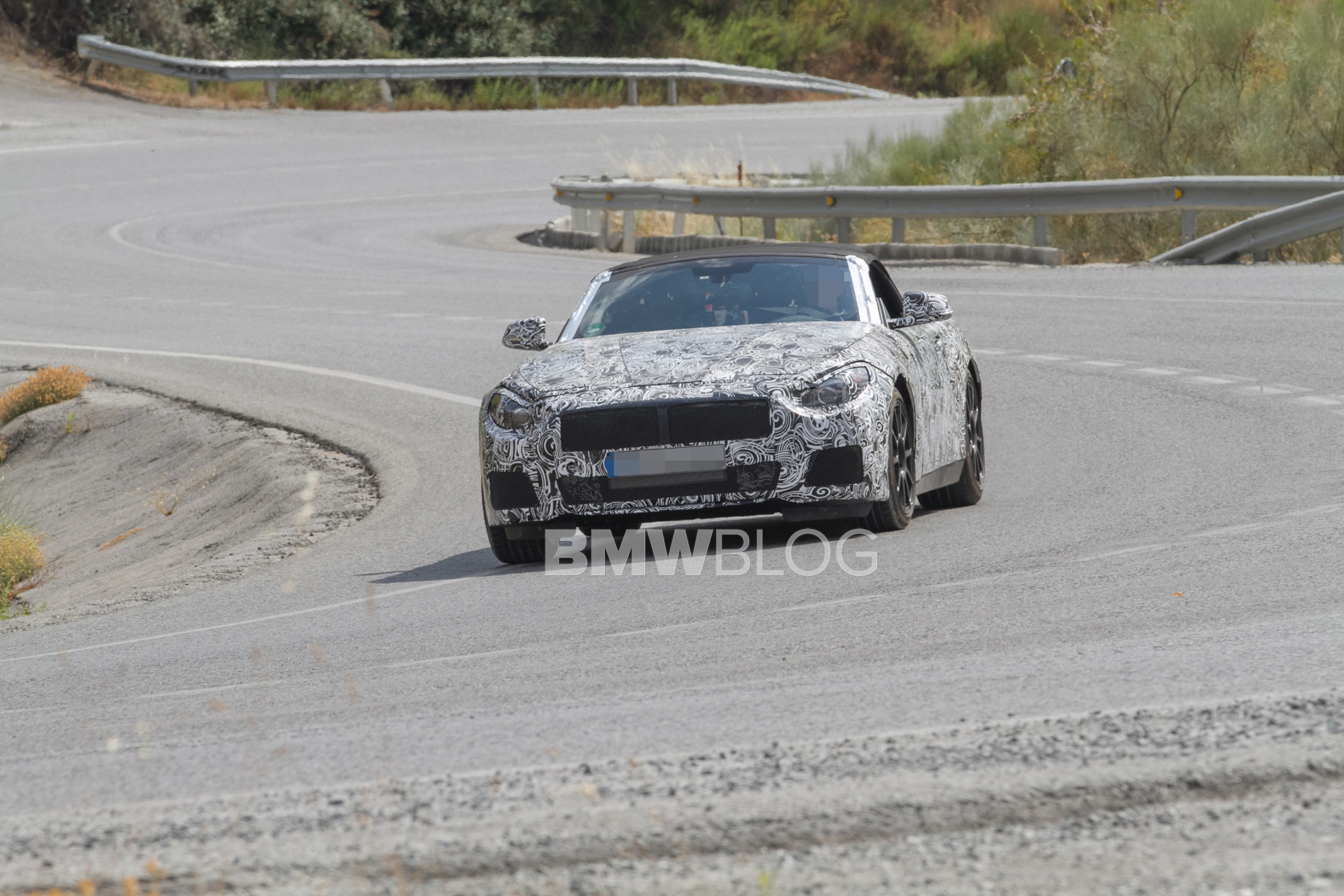 2018 BMW Z4 spy photos 4