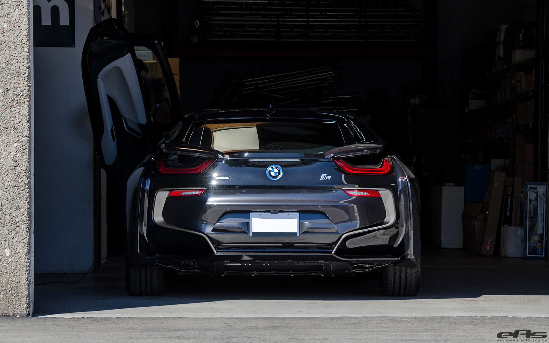 A Sophisto Gray Bmw I8 Just Visited Eas For Some Modding
