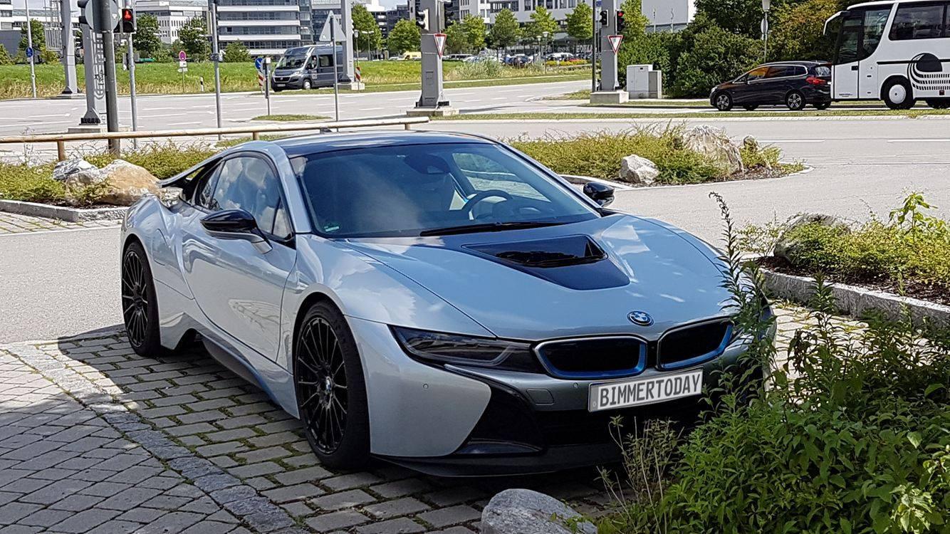 BMW i8 S Performance Prototyp Safety Car Formel E 11