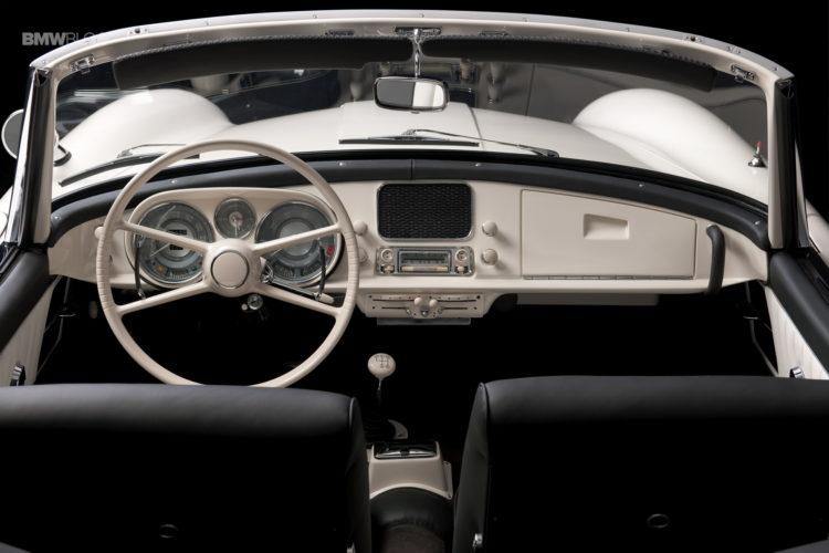 Elvis-Presley-BMW-507-restored-37