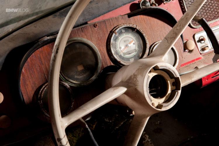 Elvis-Presley-BMW-507-restored-4