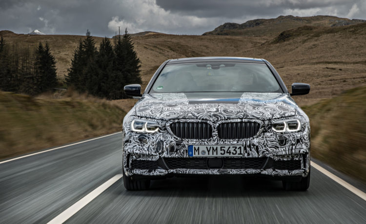 2018 BMW 5 series prototype 107 750x458