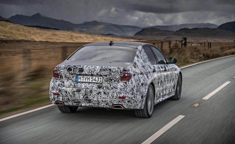 2018 BMW 5 series prototype 117 750x458