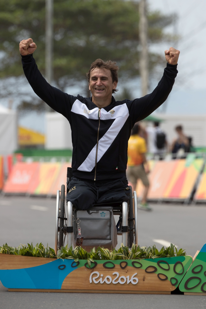 Alex Zanardi at Rio Paralympics22